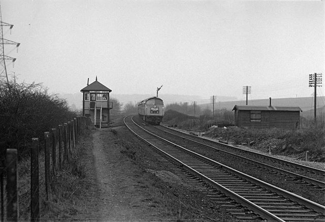 D1023 'Western Fusilier' on the 'Western Finale' run at Killamarsh Railway Station
