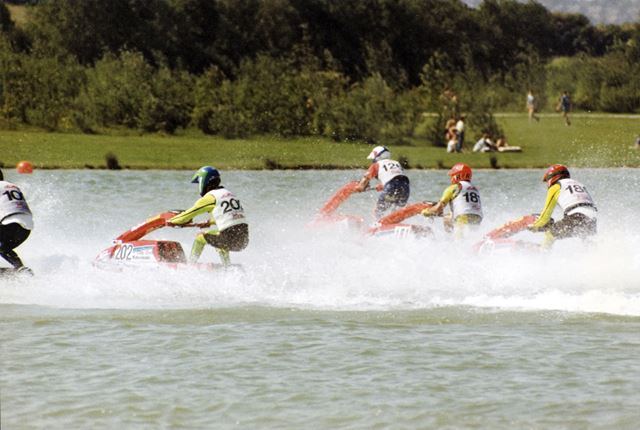 Jet-skiing race on the lake, Rother Valley Country Park