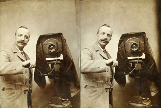 Photographer - believed to be self portrait of Hans P Hansen