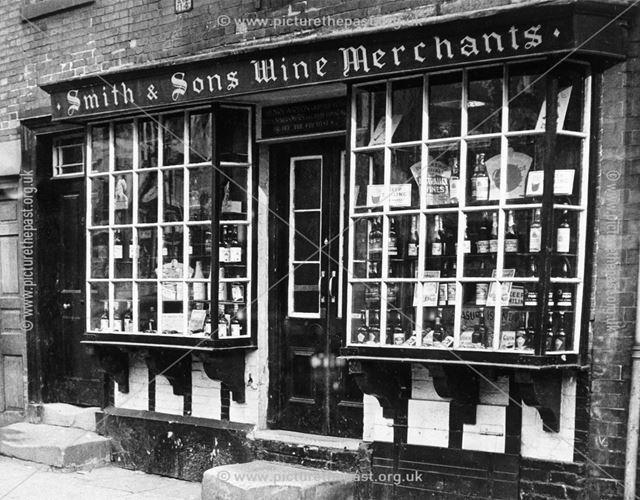 Smith and Sons Wine Merchant, St John Street, Ashbourne, pre 1949