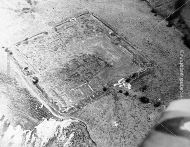 Aerial of Melandra Castle, Roman Fort, Glossop, c 1959-60