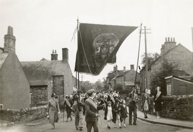 Procession by Friendly Society (?), c 1930s-1940s