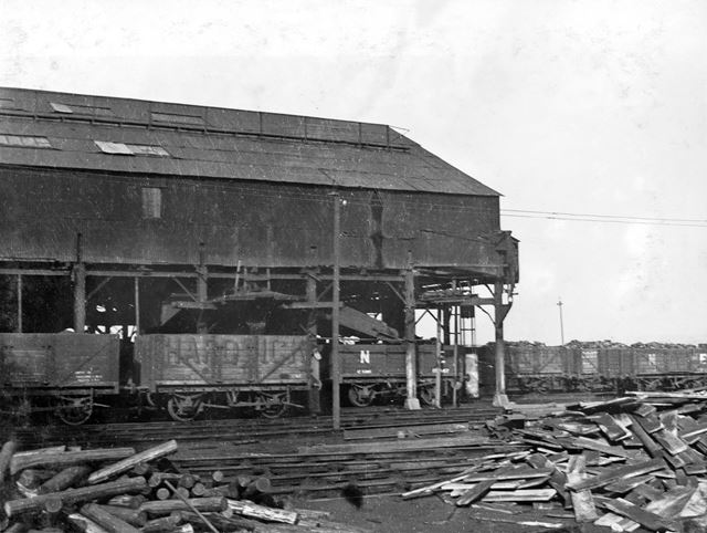 'The Modernisation of Williamthorpe Colliery 1938-40' - old screens and loading sheds, before improv