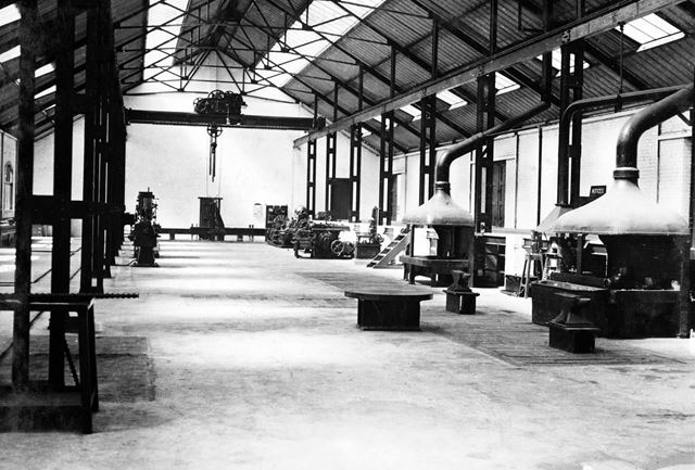 'The Modernisation of Williamthorpe Colliery 1938-40' - Engineering shop (prior to installation of m