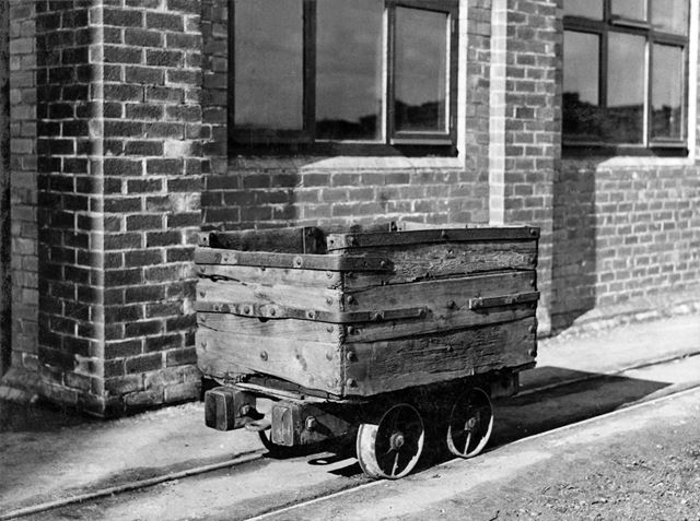 'The Modernisation of Williamthorpe Colliery 1938-40' - Old 8 Cwt capacity wooden tub, used before c