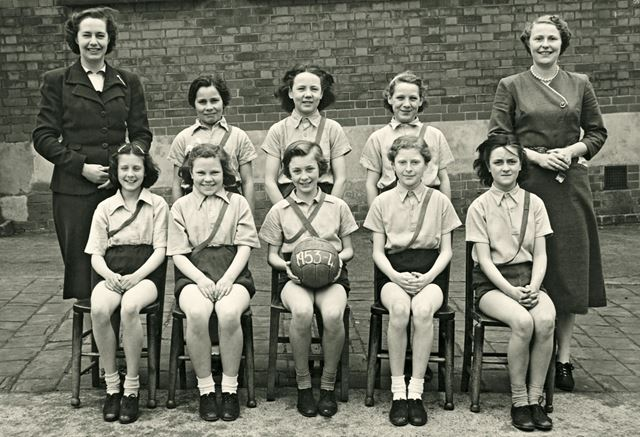 Junior Netball Team, Heath County School, 1953-54