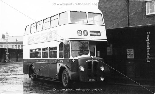 Derby Corporation motor bus No.124