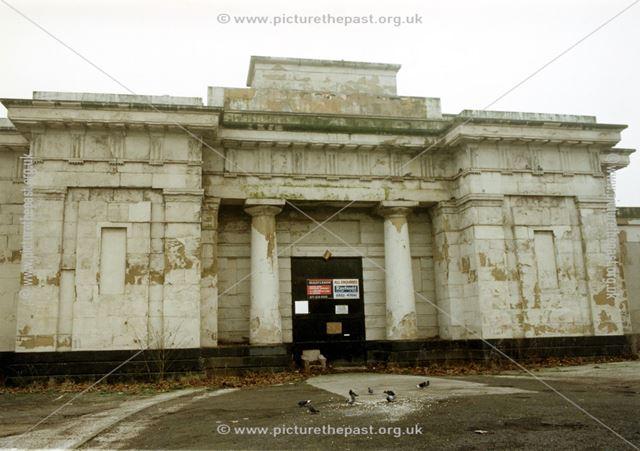 County Gaol, colonnaded entrance