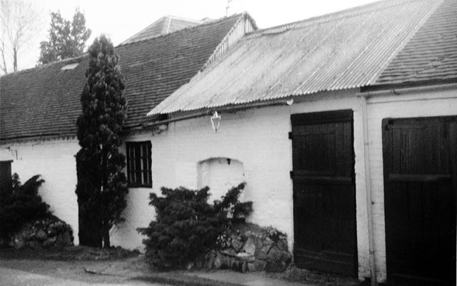 Outbuildings to Jasmine Cottage