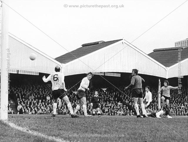 Rams goalkeeper Colin Boulton against Wolves, Wolverhampton, 1971