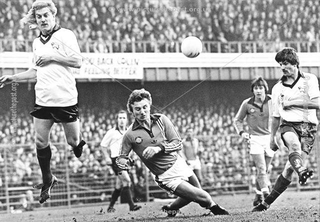 Derby County striker Kevin Wilson tries a shot