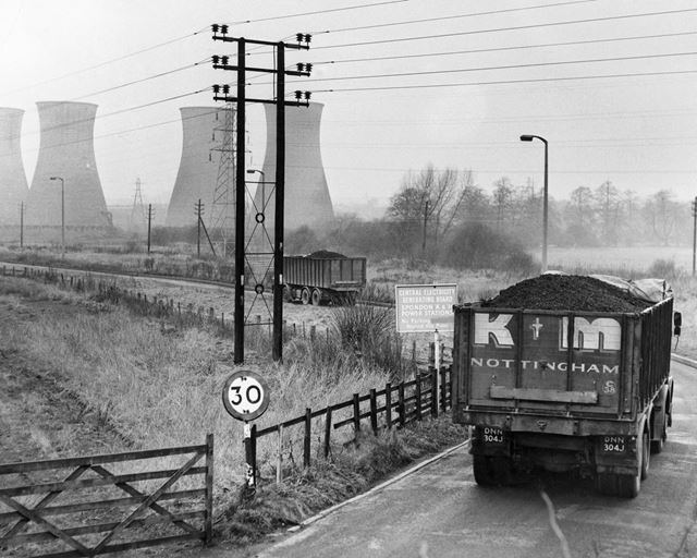 Cooling towers and coal delivery lorries at Spondon Power Station