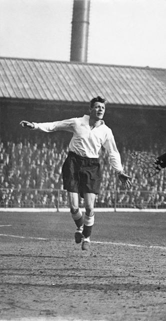 Arthur Groves, Derby County footballer 1933-36