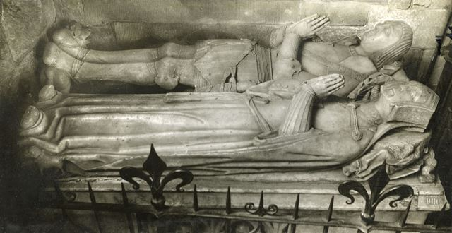 Effigies of Sir Roger and Lady Mynors, St. Alkmund's Church, Church Drive, Duffield, 1926